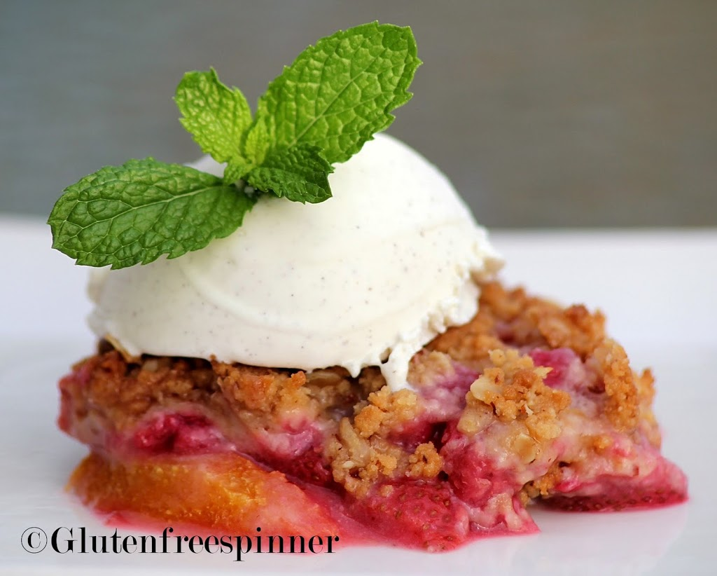 cpy-strawberry-raspberry-crumble.4.1.12x9
