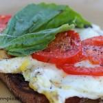 cpy-caprese-egg-sandwich-002