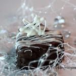 Heart-Shaped-Cakes.1.cpy_