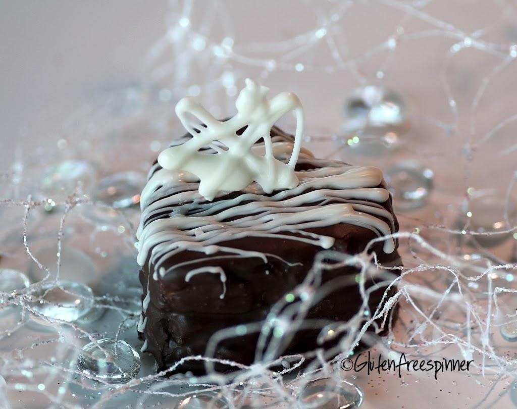 Heart Shaped Vanilla-Bean Cakes w/Choc Rasp Filling