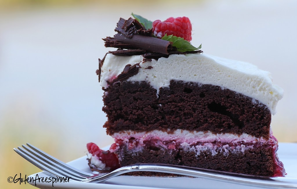 Raspberry-filled-devils-food-cake.4.cpy_