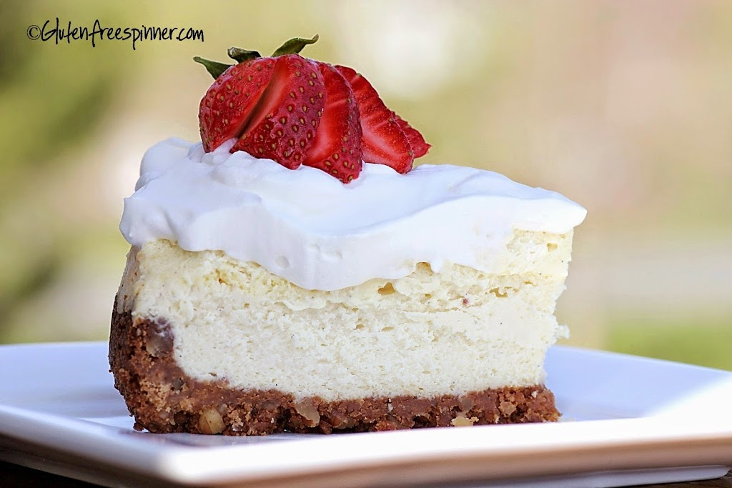 Cheesecake – Vanilla Bean with Vanilla Mousse Topping